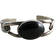 Vintage Taxco Mexican Sterling Silver Onyx Cuff Bracelet