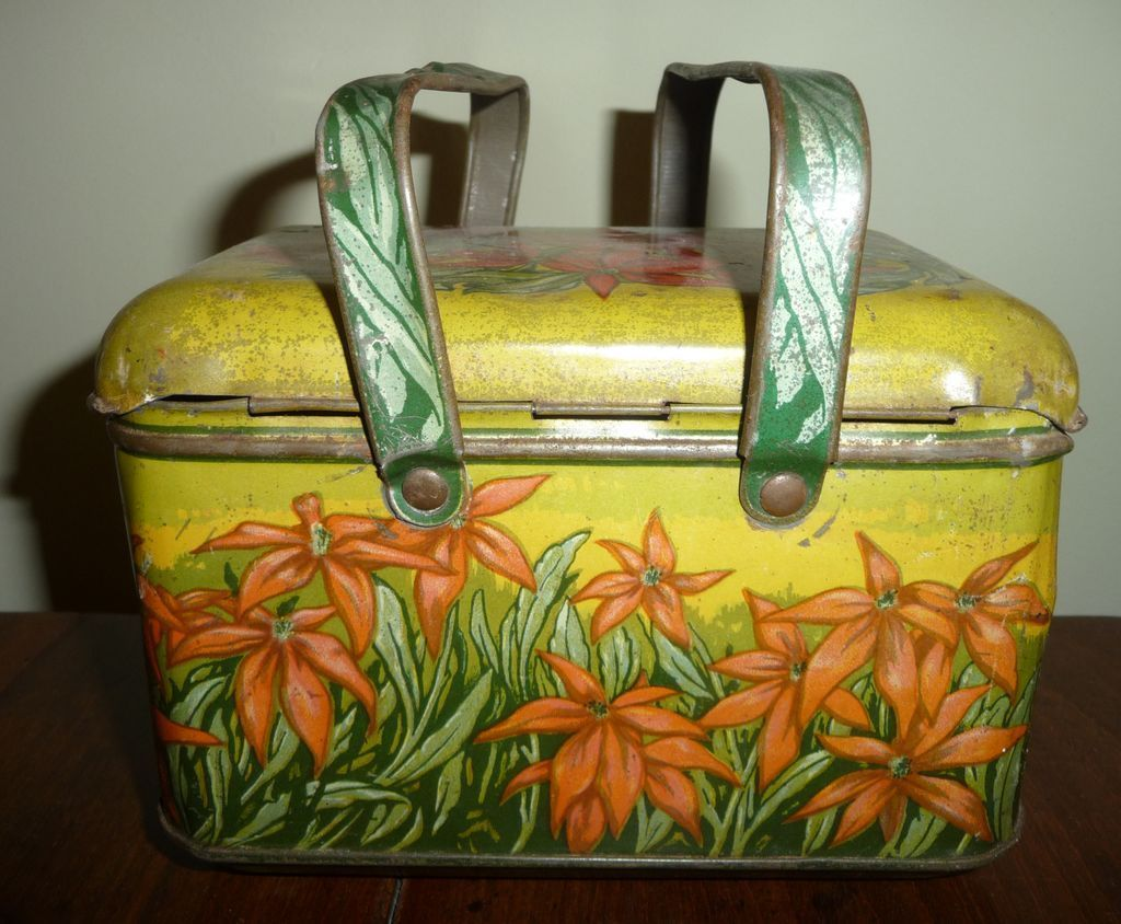 Old Plug Tobacco Lunch Box Poinsettias From