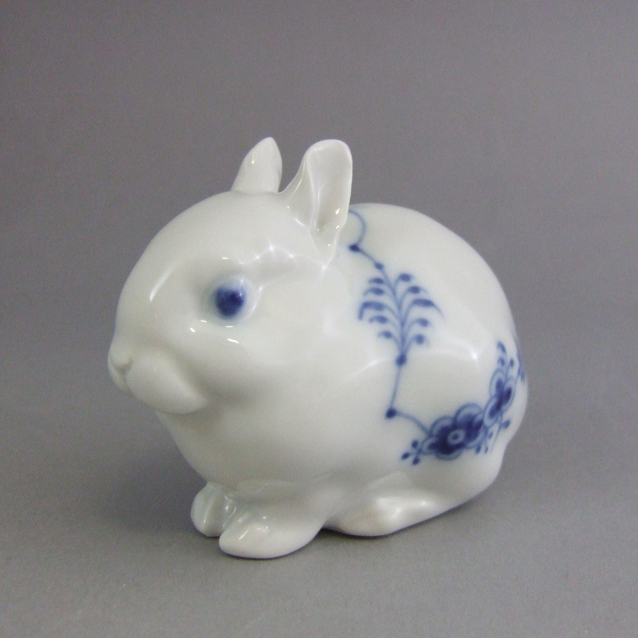 Royal Copenhagen Danish Porcelain Figurine Rabbit 154