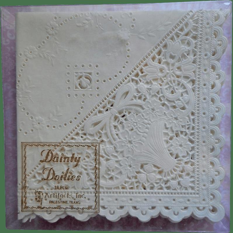Doily Napkins Lace Paper Vintage Set 14 Hankie Folders