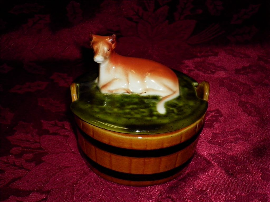 Vintage Pottery Covered Butter Dish With Cow Figurine Lid