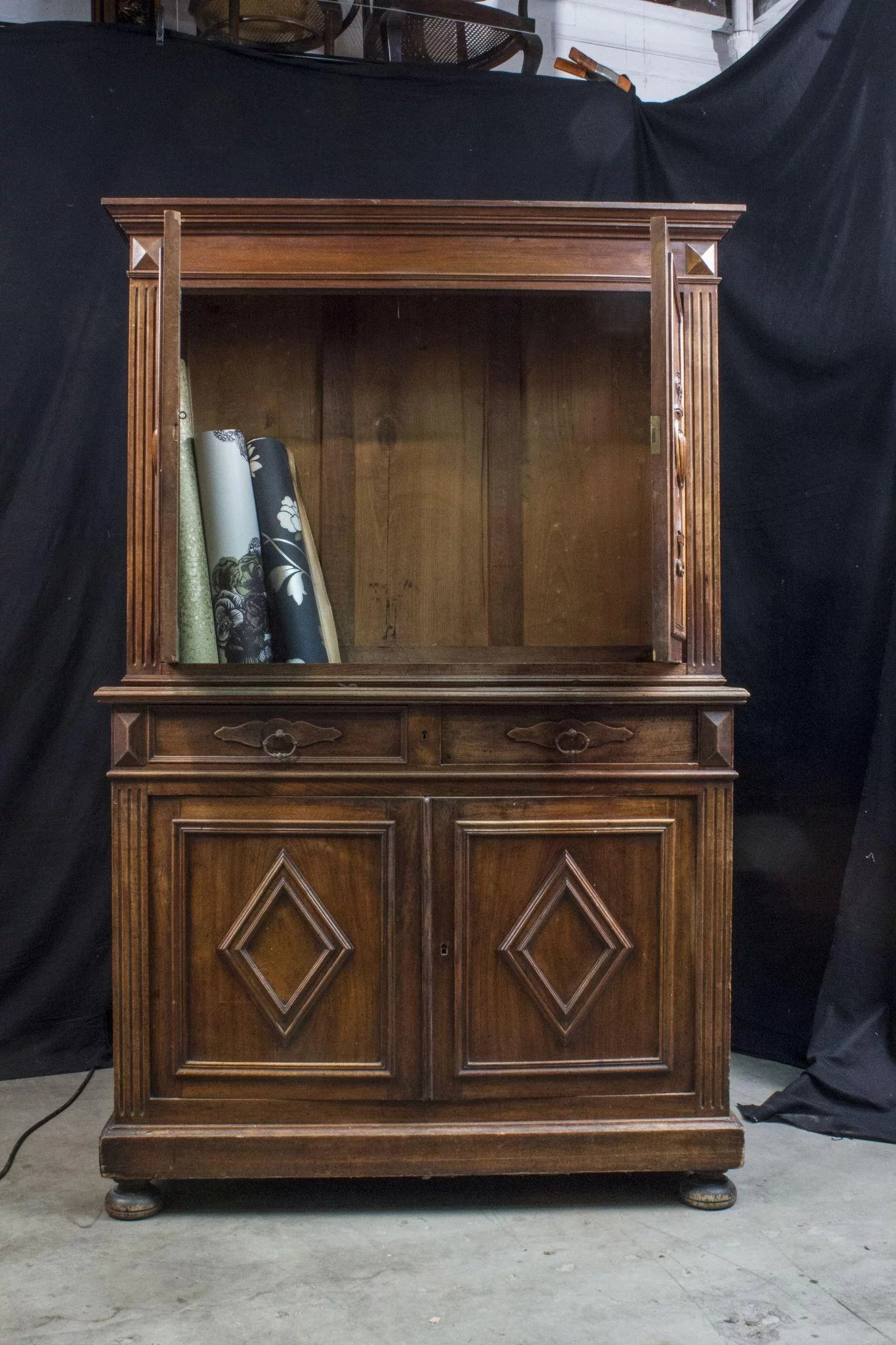 Early 19th Century Italian Walnut Dresser Kipper Designs RubyLUX