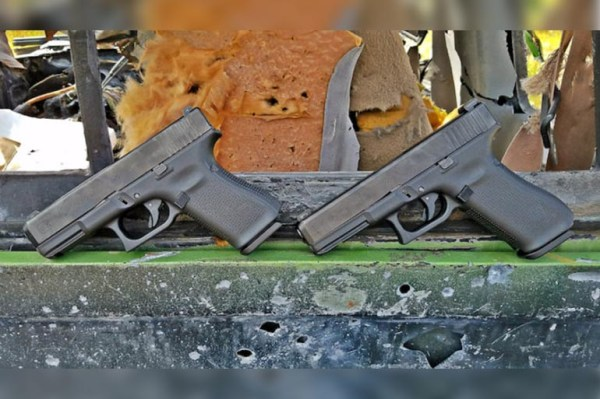 GLOCK 17 vs GLOCK 19: Picking A Plastic Pistol - The Truth ...