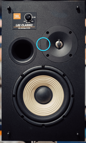 These retro speakers offer modern acoustics 9