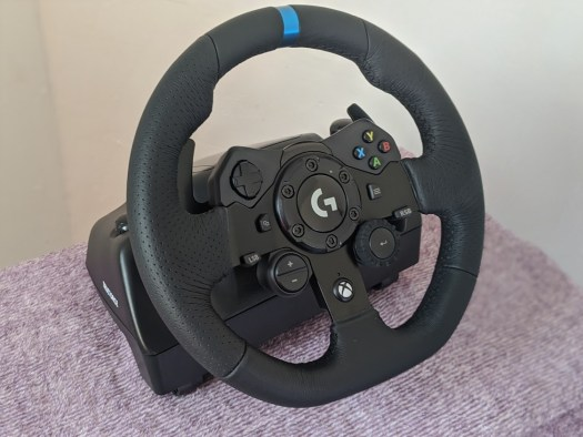 Logitech grabs the checkered flag with the G923 racing wheel 2