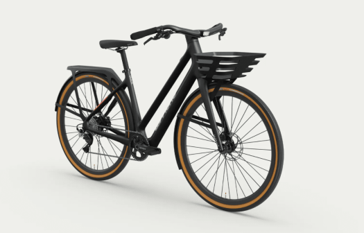 LeMond Dutch ebike with frontbasket and rear rack