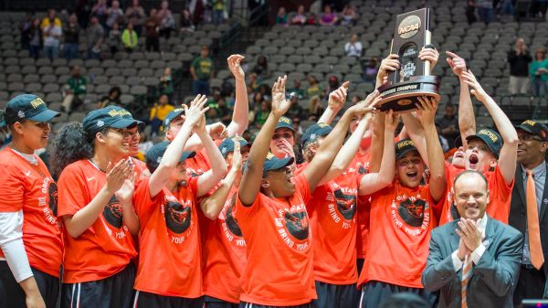 Women's Basketball: Oregon State picked to finish 5th in ...