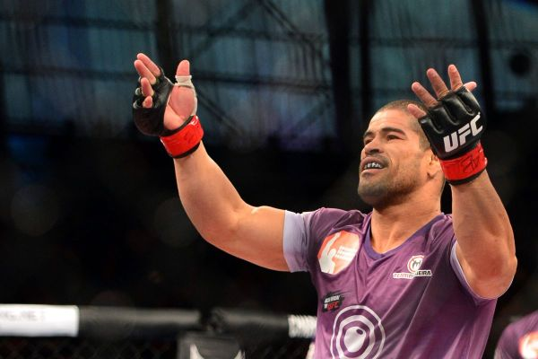 Rousimar Palhares fights welterweight champion Steve Carl ...