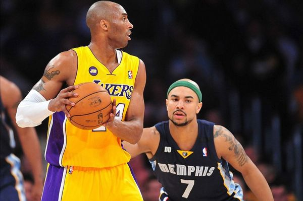 Grizzlies vs. Lakers final score: Lakers play defense and ...