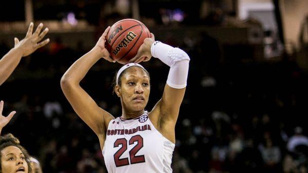 South Carolina Women's Basketball: #5 Gamecocks down #4 ...