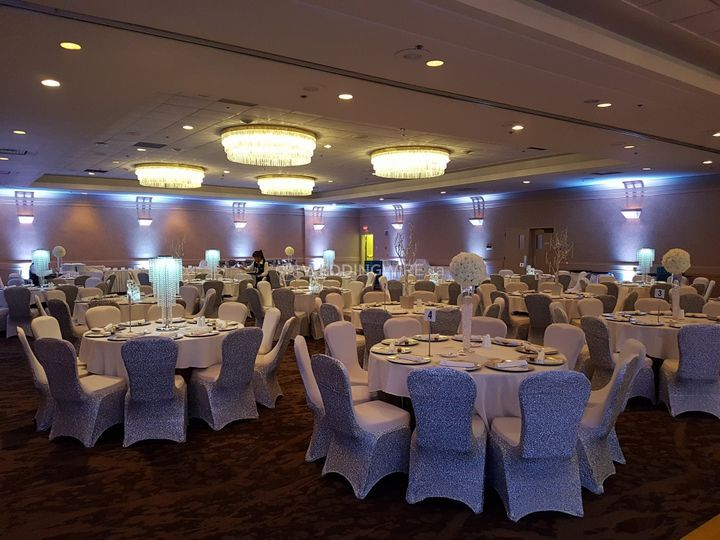 The Best Western Premier Calgary Plaza Hotel Amp Conference