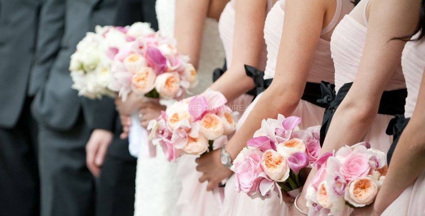 5% Discount For WeddingWire Couples From Karen's Flower Shop
