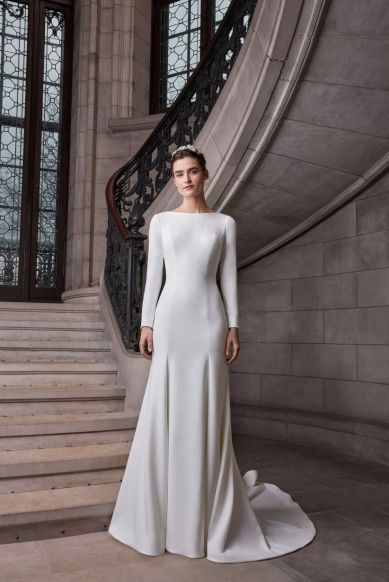 meghan markle inspired wedding dress, wedding dress