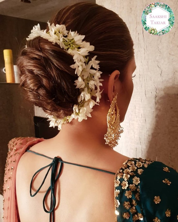 12 queenly indian bun hairstyles for long hair - try these now!