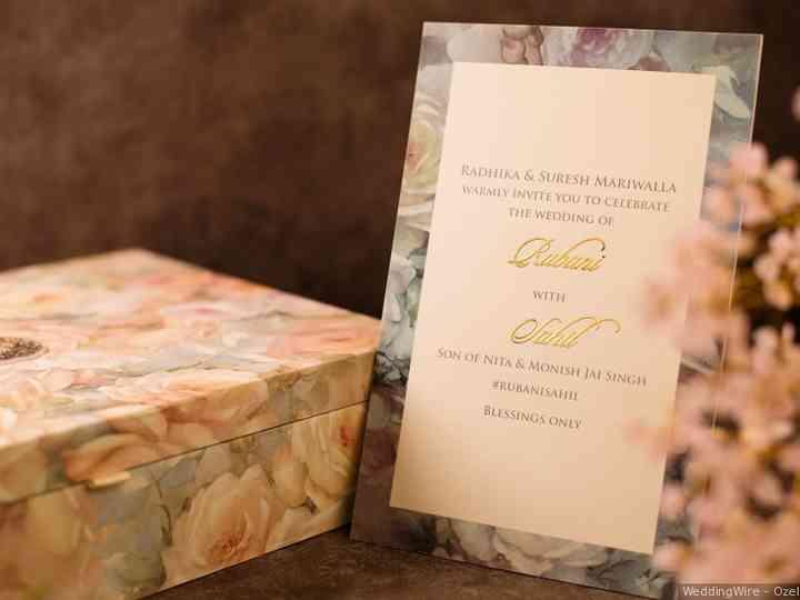 https www weddingwire in wedding tips marathi wedding card matter c1551