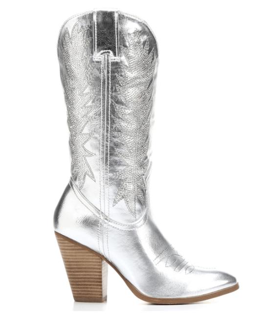 What Do You Wear Cowboy Boots Dress