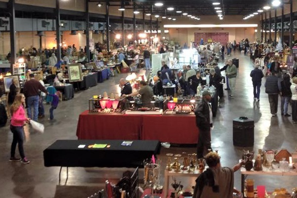 10 Of The Best Antique And Flea Markets In Texas
