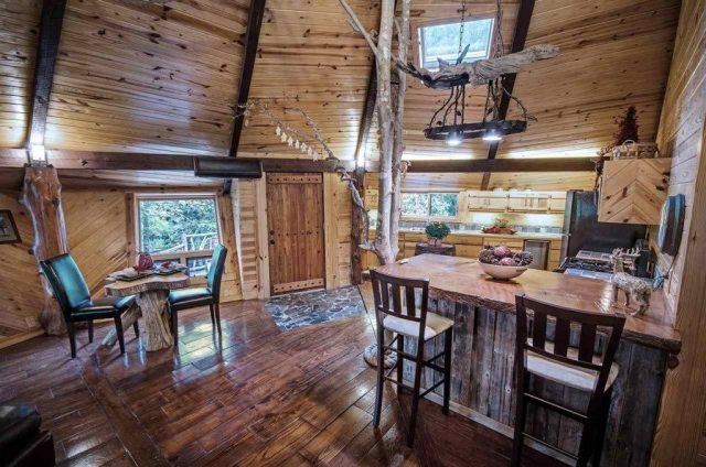 Treehouse-kitchen-8c5979-1024x678