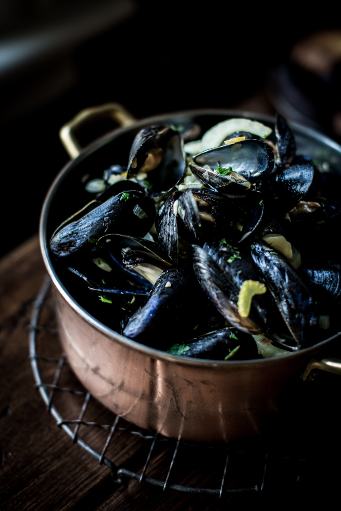 beer-steamed moules frites