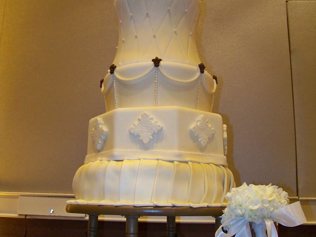 My First Massive Wedding Cake   CakeCentral com