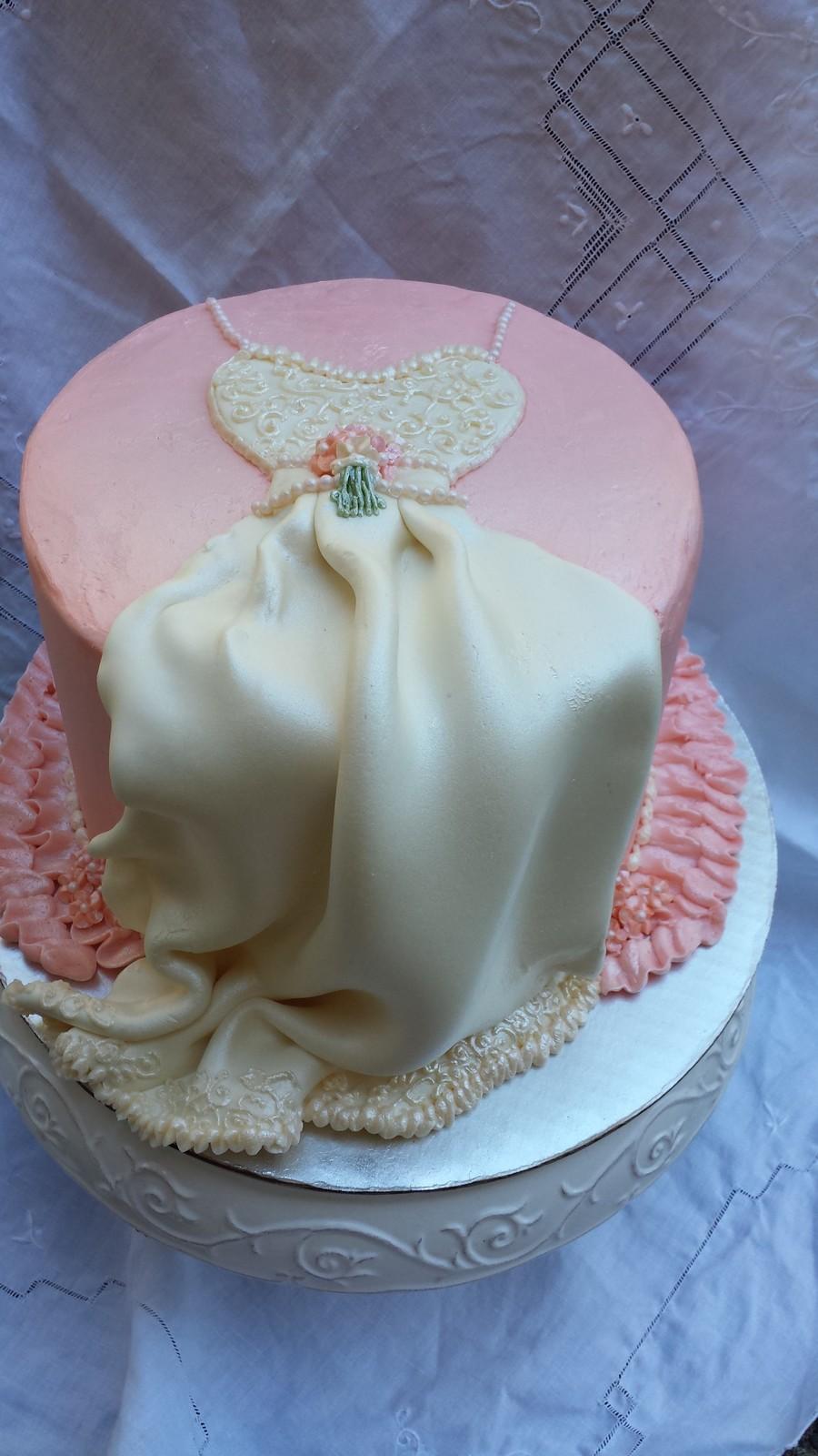 Classic Wedding Dress Cake For Shower Cakecentral Com