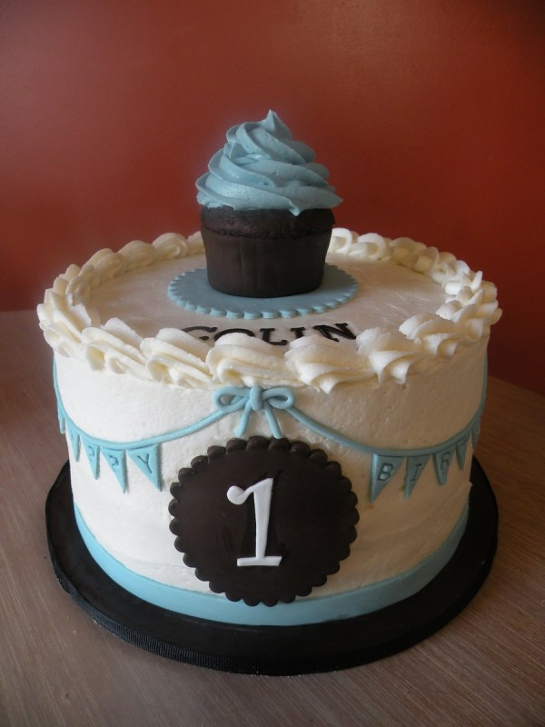 Classic Baby Boy 1St Birthday - CakeCentral.com