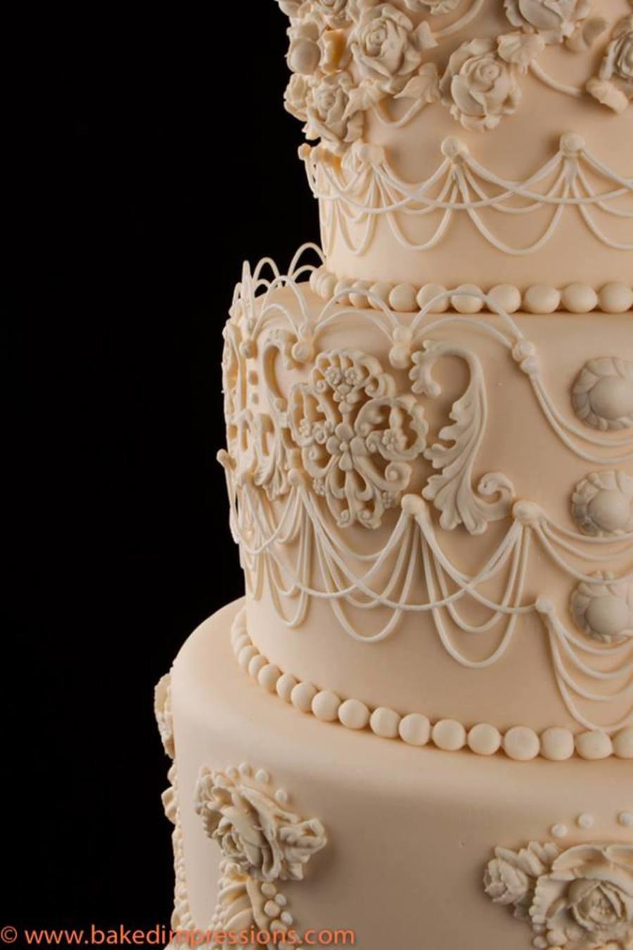 String Work Wedding Cake