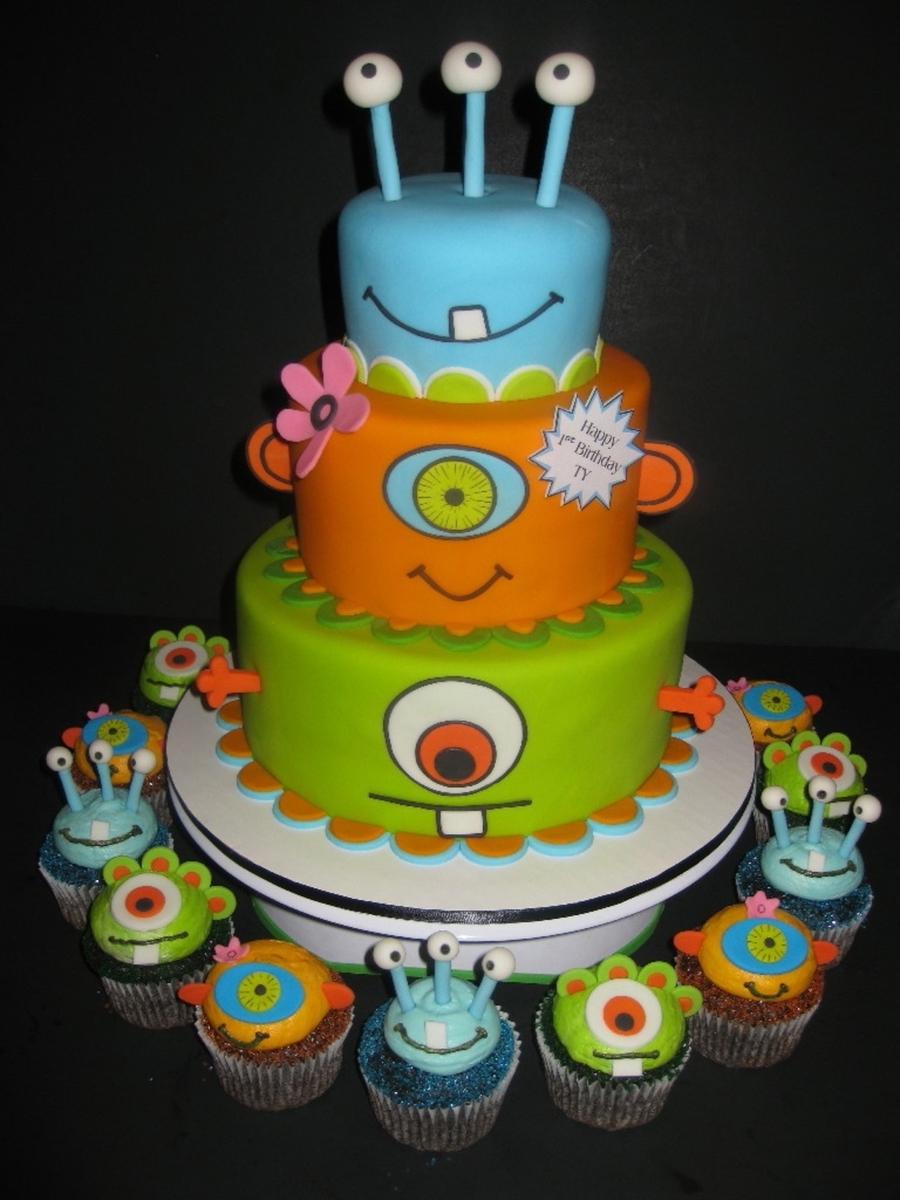 Monsters Birthday Cake Amp Cupcakes