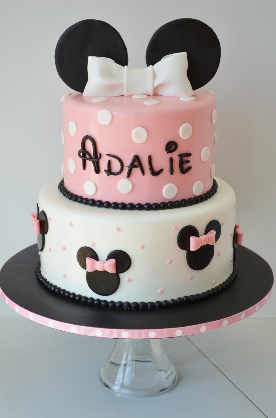 Minnie Birthday Cake And Cake Pops Cakecentral Com