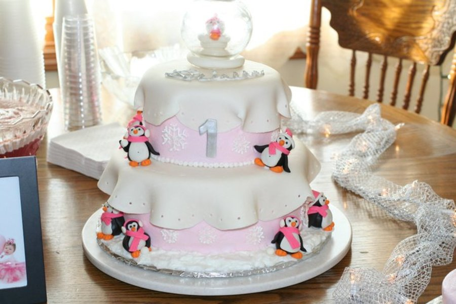 My Daughter S 1st Birthday Cake Winter Theme