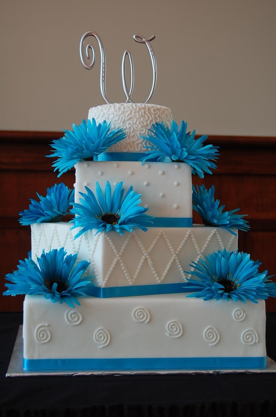 4 Tier Squareround Wedding Cake