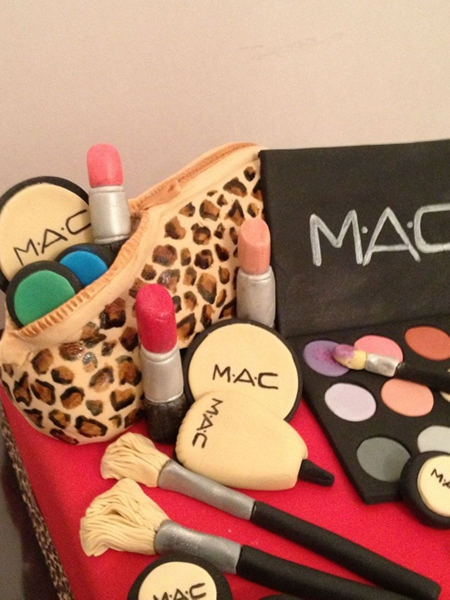 Mac Make Up Birthday Cake Cakecentral Com