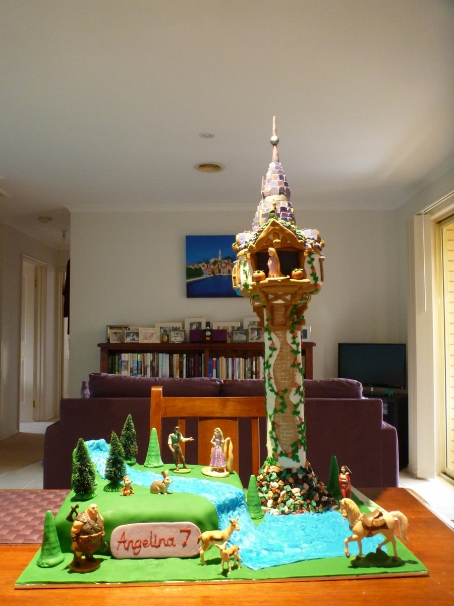 Tangled Rapunzel Tower Cake Cakecentral Com