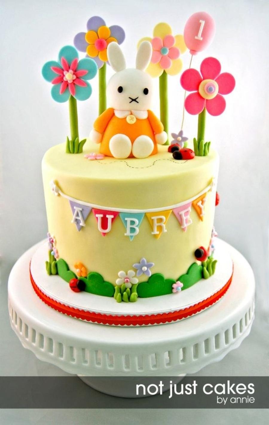 Miffy Cake And Cupcakes For Aubrey Cakecentral Com
