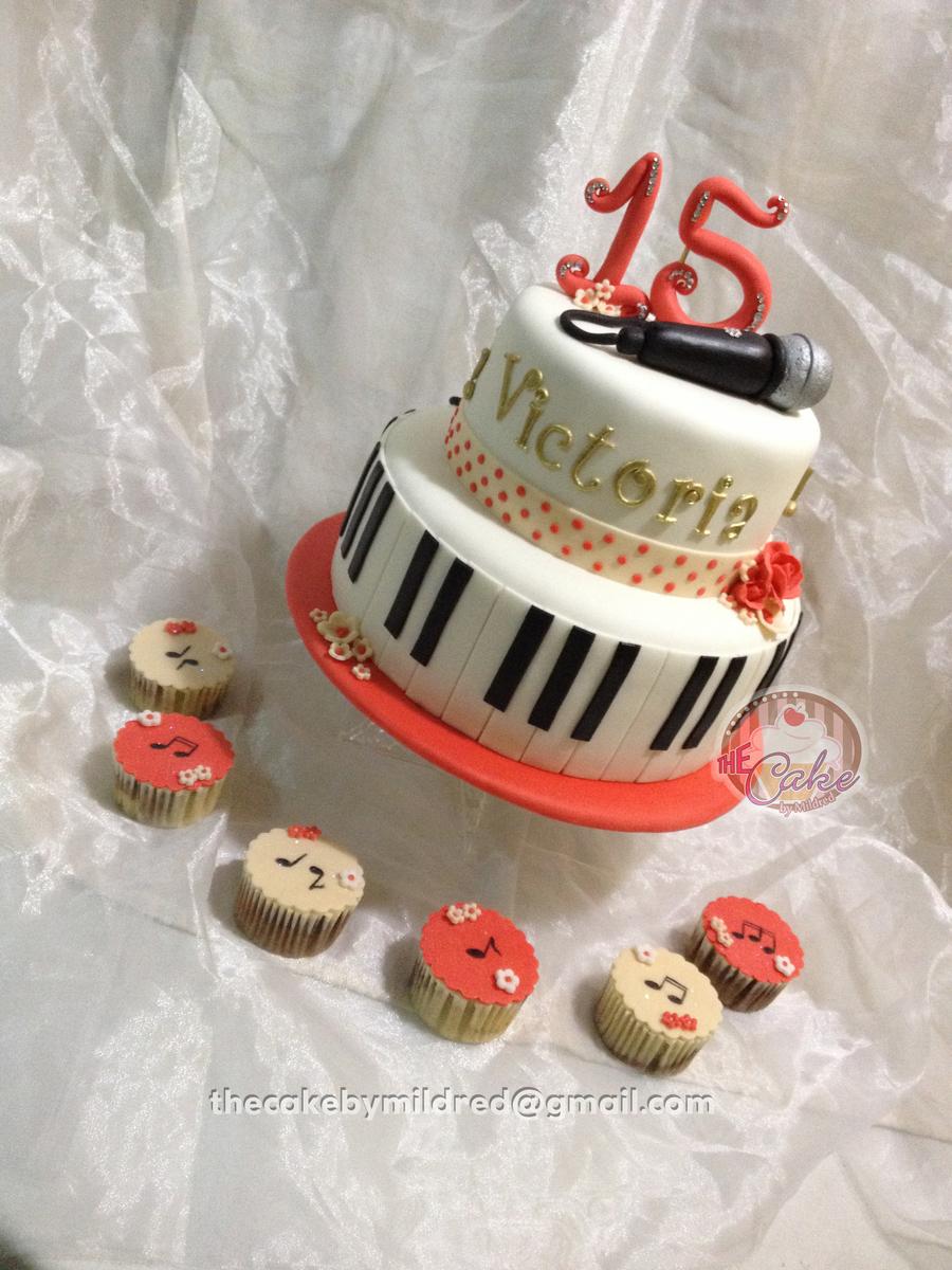 Happy Birthday Victoria Cakecentral Com