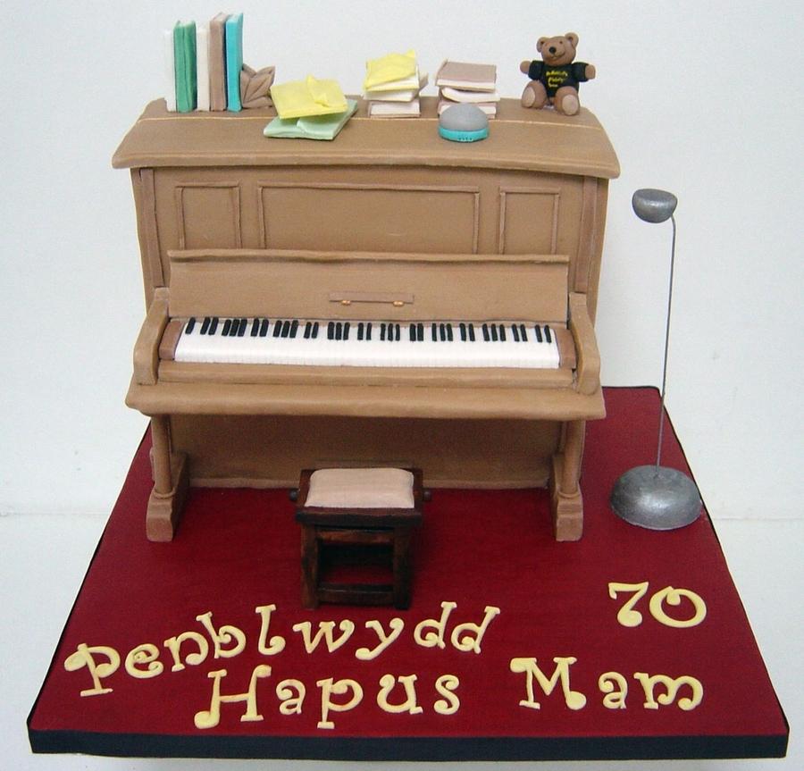Upright Piano Cake Cakecentral Com