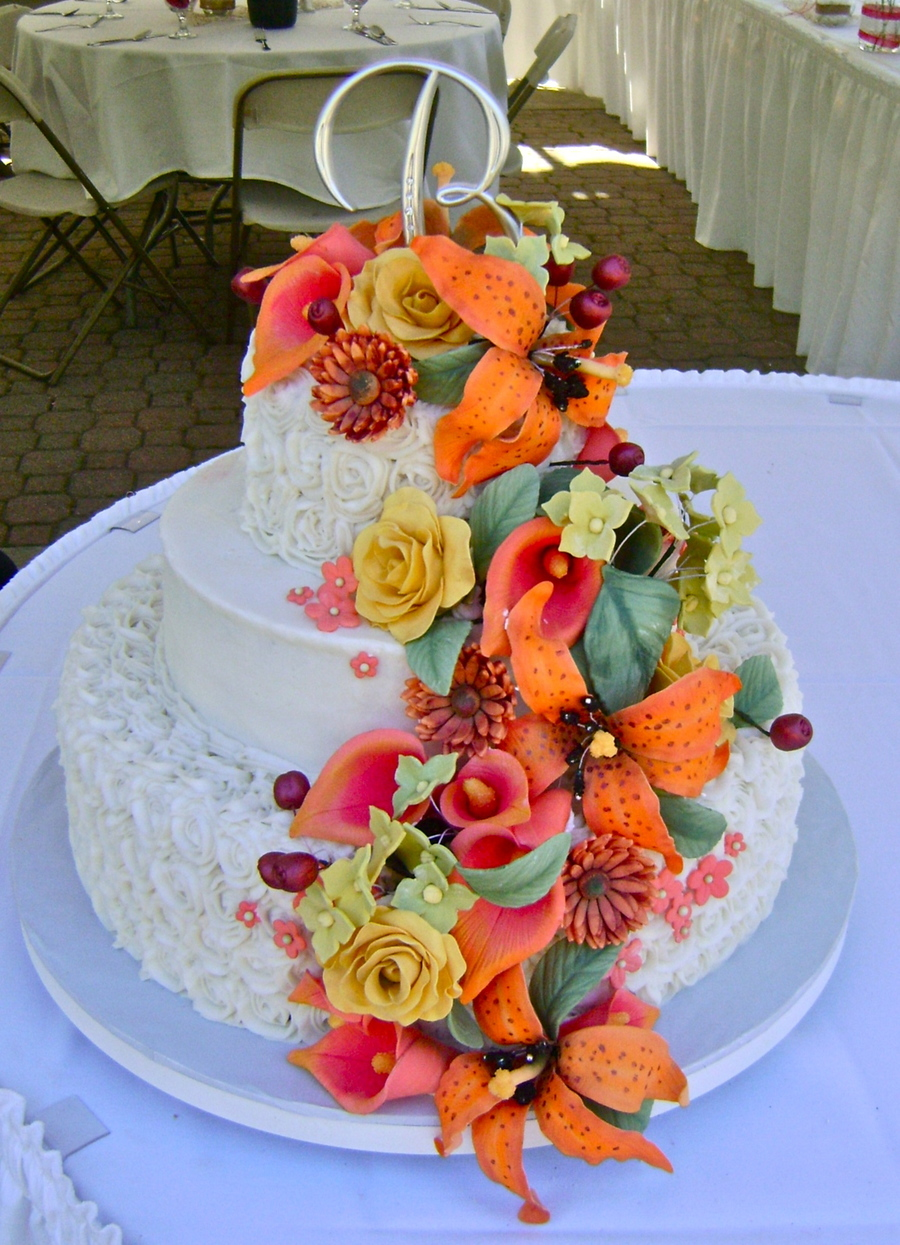 Buttercream Wedding Cake Round Wedding Cake Gum Paste