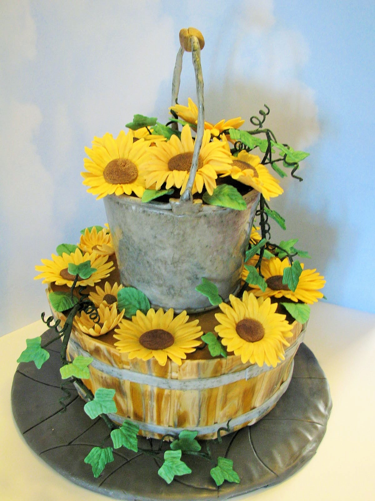 Country Wedding Cake Mm Fondant For Bucket And Basket