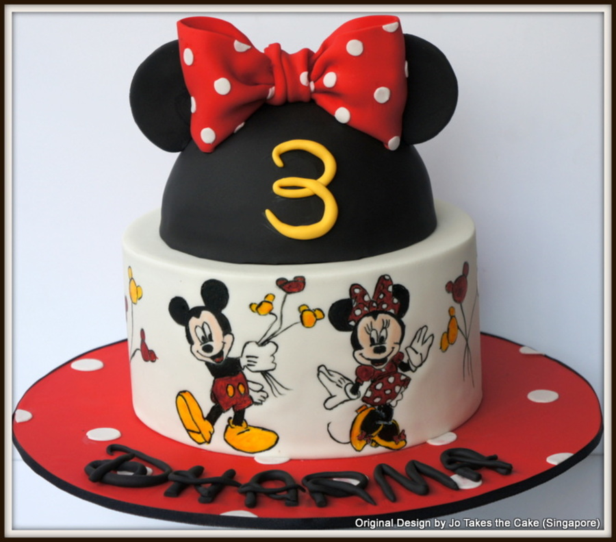 Hand Painted Minnie And Mickey Mouse Cake Cakecentral Com