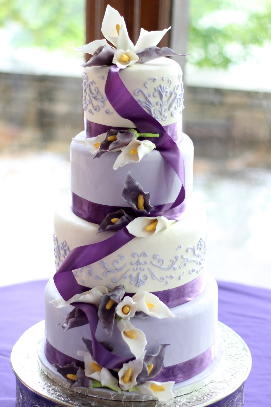Lavender And White Sugar Calla Lily Wedding Cake   CakeCentral com Lavender And White Sugar Calla Lily Wedding Cake on Cake Central