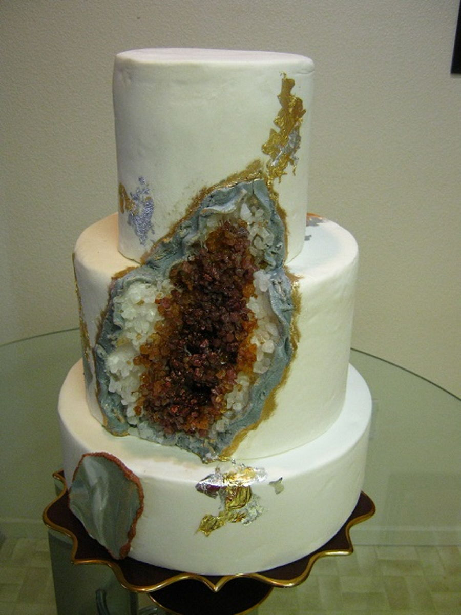 Geode Cake In Amber