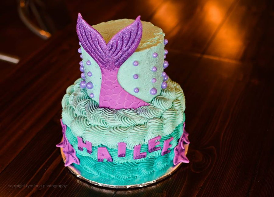 Mermaid Tail And Purple Pearls Cakecentral Com