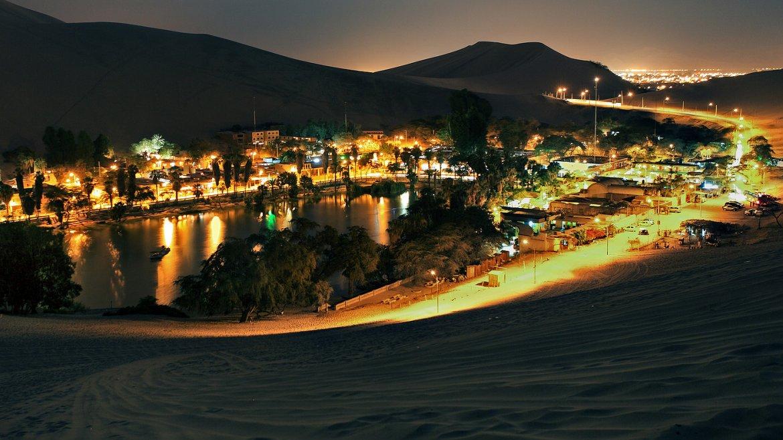 La laguna de Huancachina es uno de los pocos oasis naturales que existen en Perú