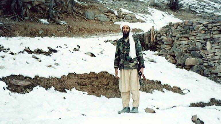 Una postal casi turística del terrorista más buscado en el lugar en el que se escondía: las montañas de Tora Bora