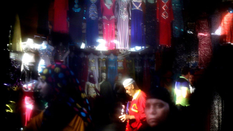 Una tienda de ropa de baile en El Cairo, Egipto