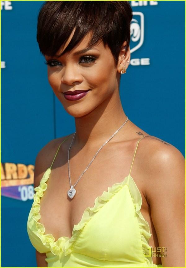 Rihanna Shows Her Sunshine: Photo 1225031 | Rihanna ...