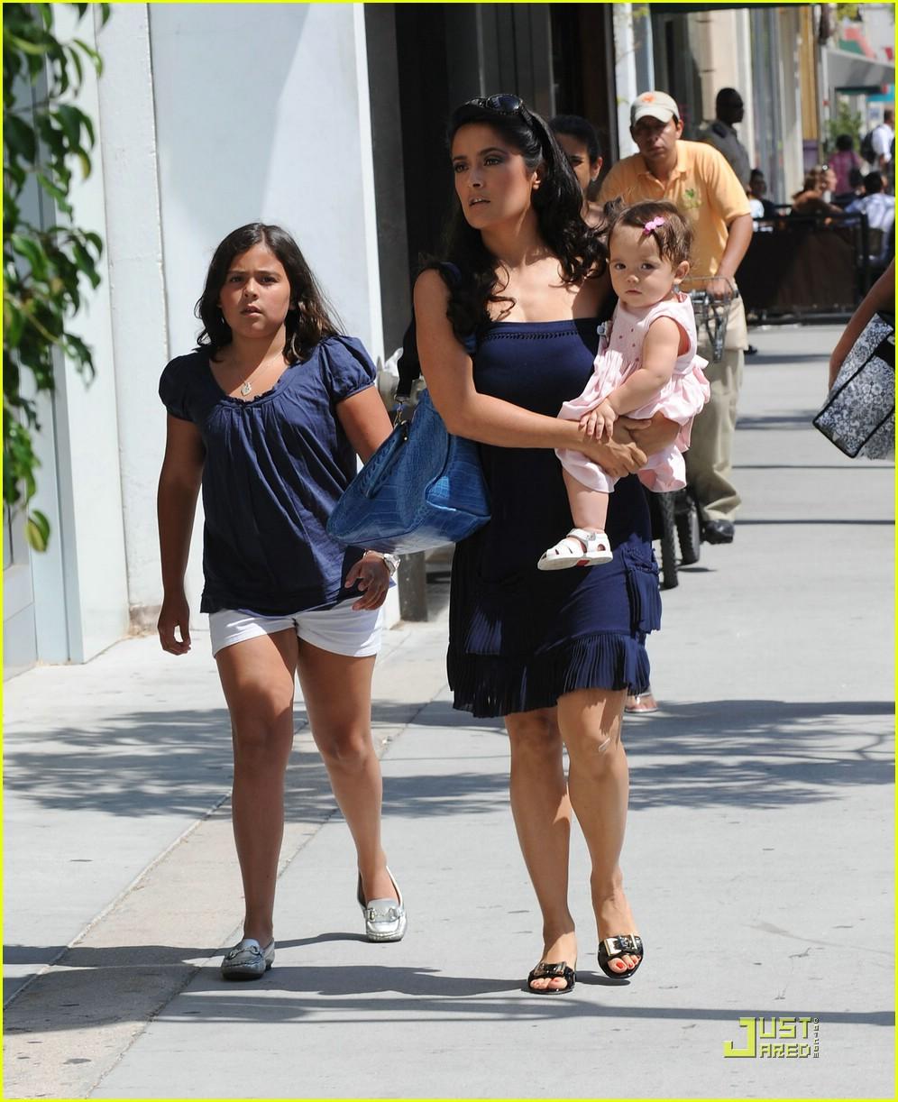 Salma Hayeks Baby Valentina Photo 1310021 Celebrity