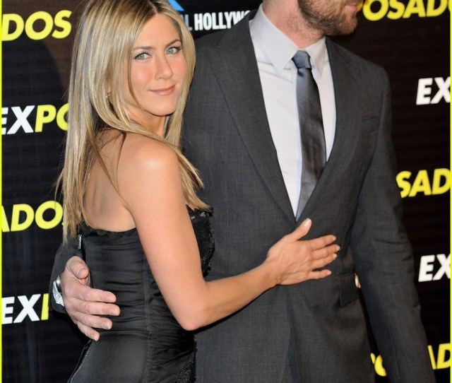 Jennifer Aniston Gerard Butler Spain Sexy