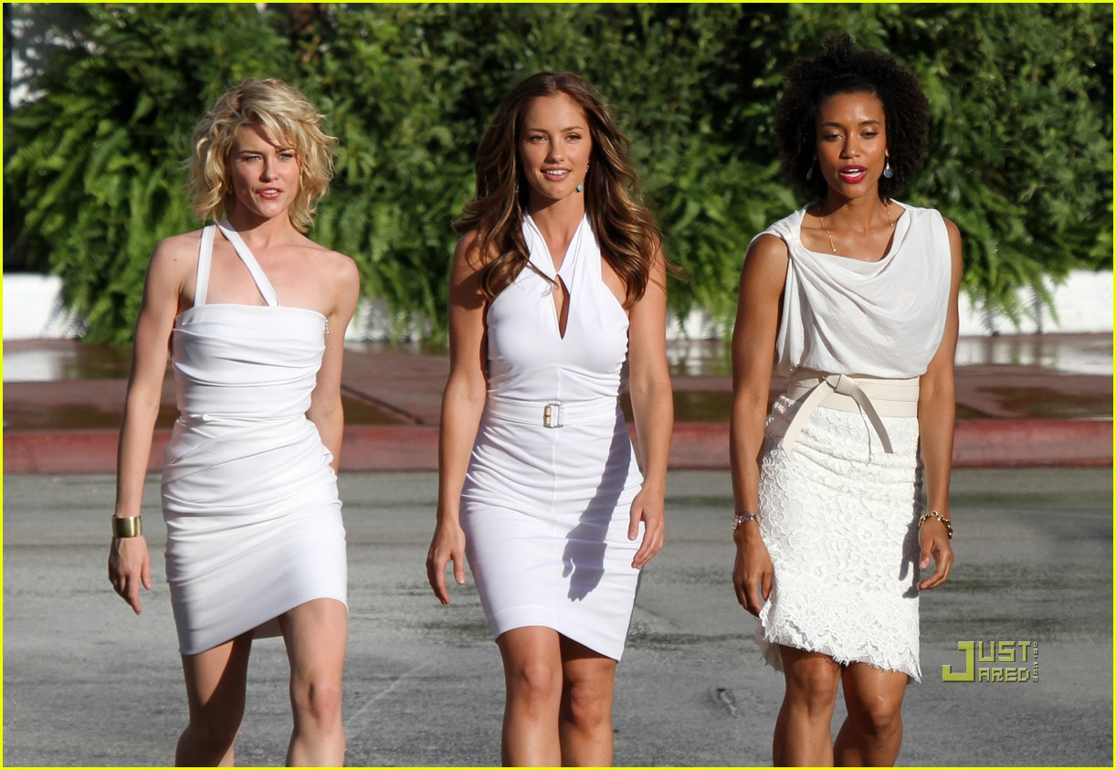 Minka Kelly Films Angels With Annie Ilonzeh Amp Rachael Taylor Photo 2528322 Annie Ilonzeh