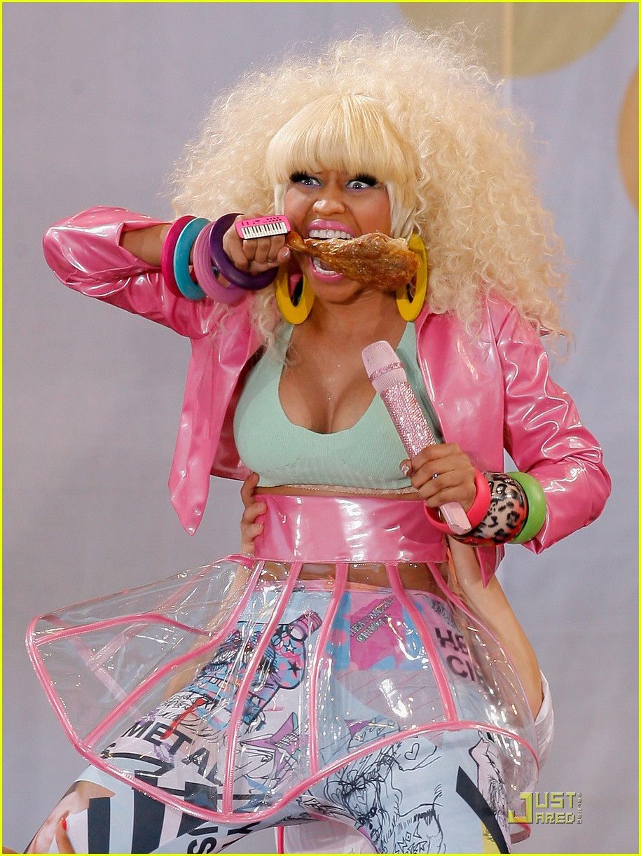 Nicki Minaj Wardrobe Malfunction On Good Morning America